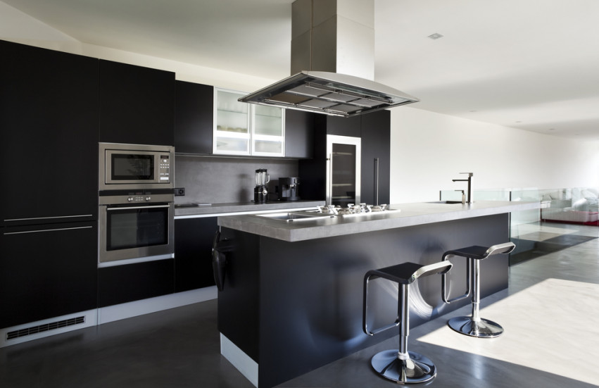 7. Black kitchens